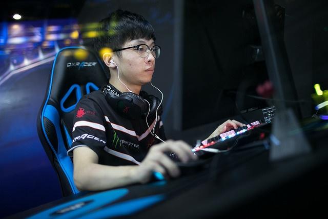 aumaN Liu Zhihong ViCi Gaming